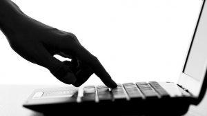 В Китае более 20 человек осудили по делу мошеннической онлайн-платформы