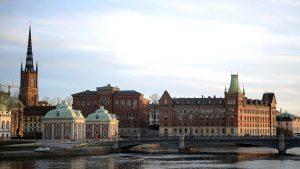 В Швеции троих мужчин осудили за изнасилование
