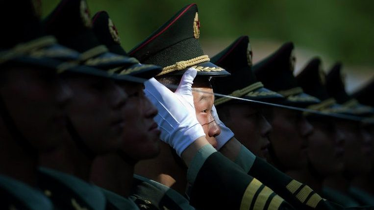 В Китае создали программу для предотвращения утечек с телефонов солдат