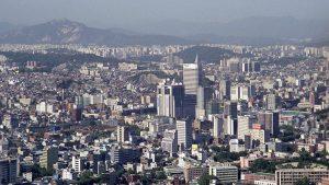 В Южной Корее идет досрочное голосование в преддверии президентских выборов