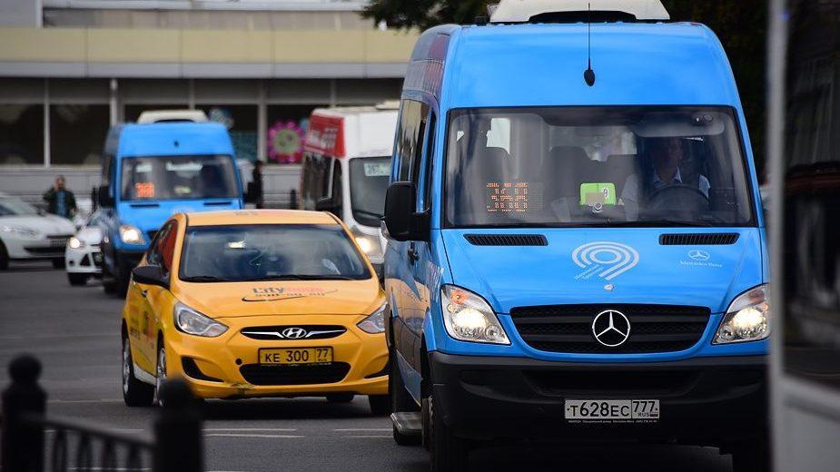 Водители общественного транспорта