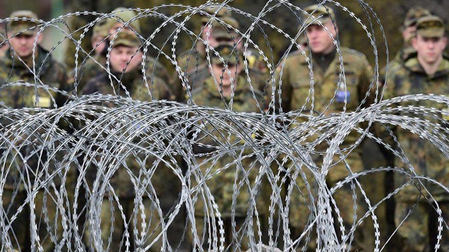 Полковника НАТО подозревают в педофилии