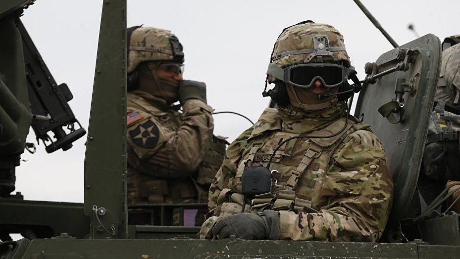 Во время учений пострадали 12 американских военных
