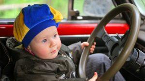 запретили оставлять детей в машине