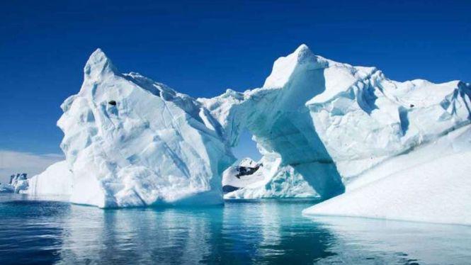 Обломок айсберга