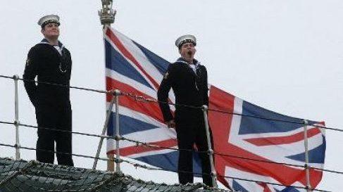 строительства трех сторожевых кораблей для Королевских ВМС