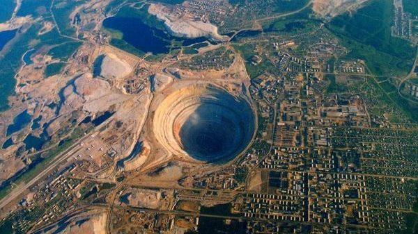 на руднике «Мир»
