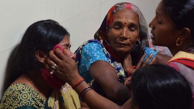 За 5 дней в больницах Индии погибли 63 ребёнка