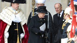 Елизавета II планирует