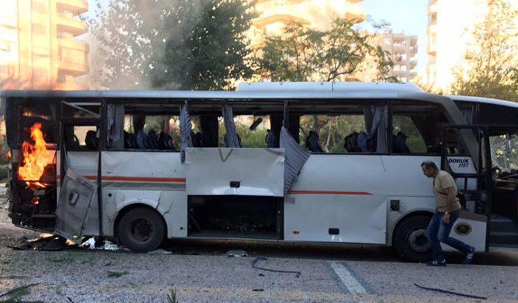 полицейского автобуса