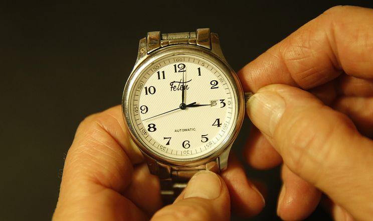стрелки часов