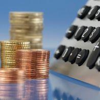 В России начали падать зарплаты у бюджетников