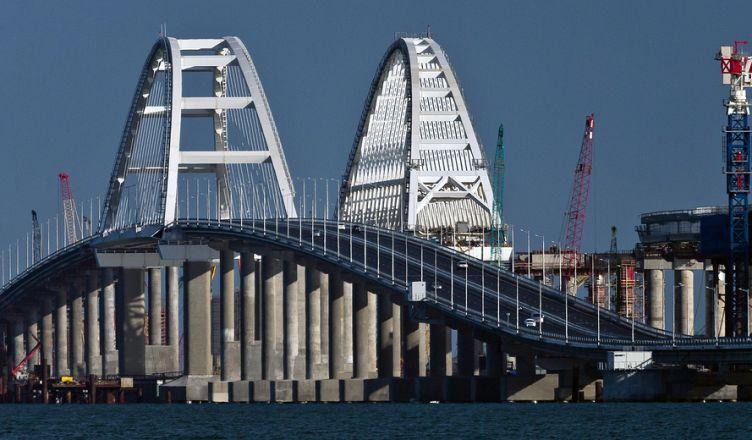 Крымскому мосту