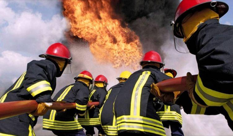 сгорели 11 грузовиков