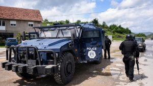 военных автомобилей