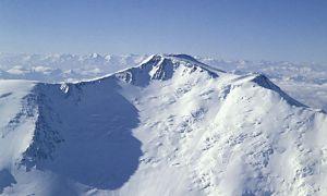 горах