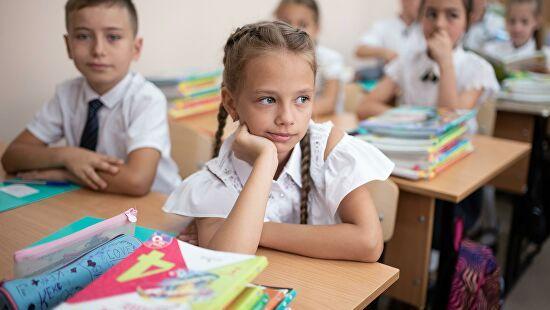 100 тысяч российских школьников