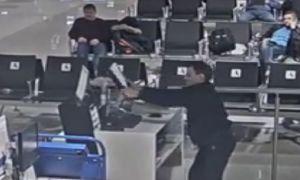 аэропорту