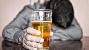 алкоголиков