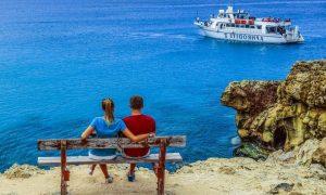Отпуск на российских курортах в октябре - это реально