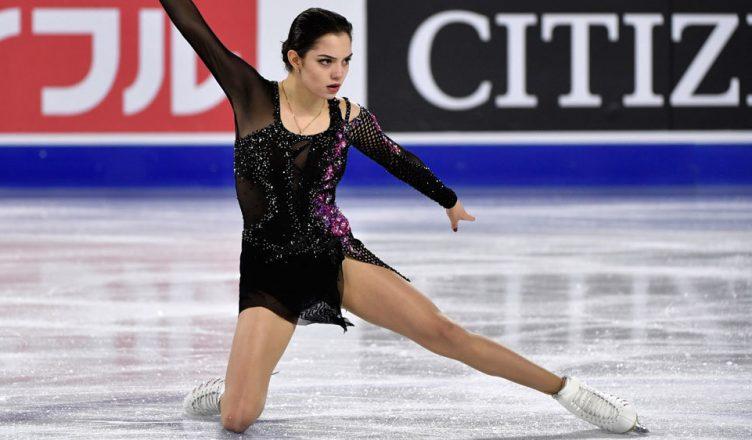 Медведева снова на льду!