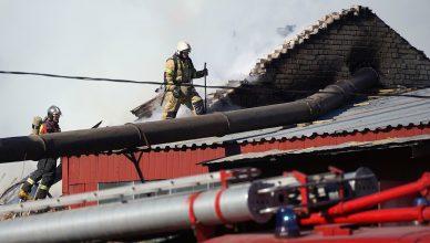 горят 24 дома