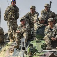 Таджикистан мобилизует военных