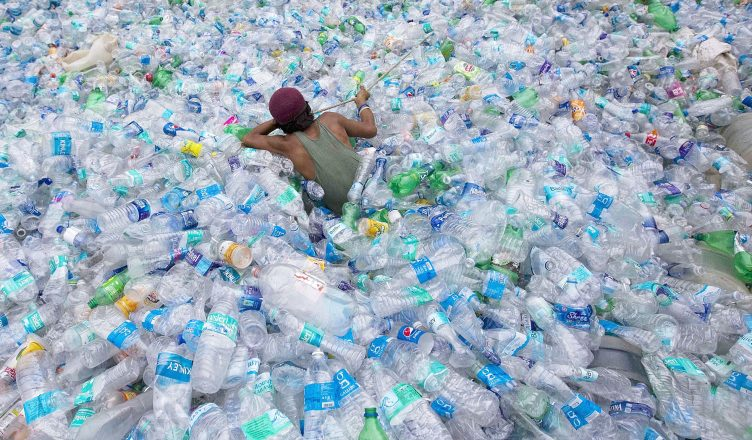 Бутилированная вода вредит экологии