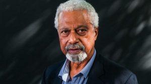 Нобелевскую премию по литературе получил темнокожий писатель